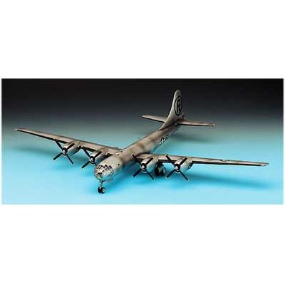 Maquette avion: B-29A Enola Gay - Academy-2154