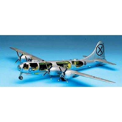 Maquette avion: Super forteresse B-29A - Academy-2111