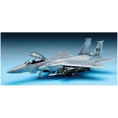 Maquette avion: F-15E W/Weapons - Academy-2117