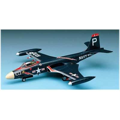 Maquette avion: F-2H Banshee - Academy-1626