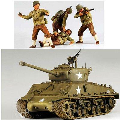 Maquette Char: M4A3E8 et Figurines Masterbox - Academy-13221