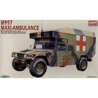 Maquette M977 Maxi-Ambulance - Academy-1352