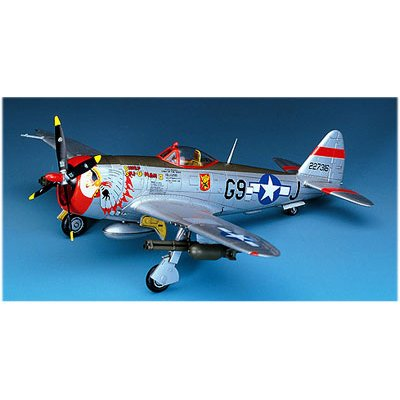 Maquette avion : P-47D Thunderbolt Bubble Top - Academy-2174