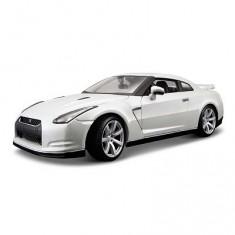 Modèle réduit - Collection Diamond -  Nissan GT-R - Echelle 1/18 : Blanc