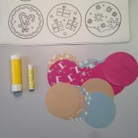 Des boules de Noël en papier à customiser - Image n°2