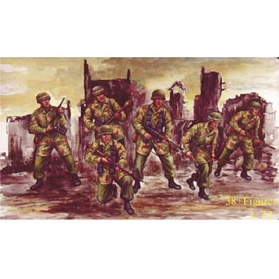 Figurines 2ème Guerre Mondiale : Parachutistes allemands 1943-1945 - Caesarminiatures-CM068