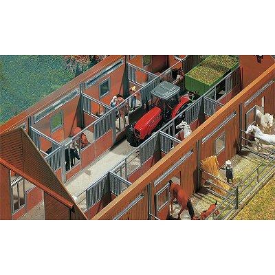 Modélisme HO : Accessoires de décor : Aménagement intérieur d'étable - Faller-130525