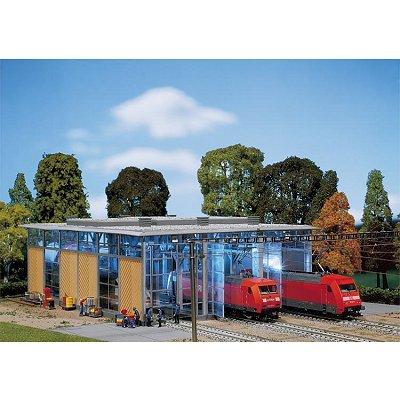 Modélisme ferroviaire HO : Hangar à locomotives électriques, 3 voies - Faller-120217