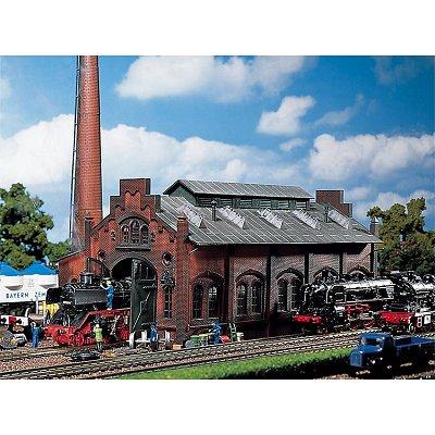 Modélisme ferroviaire HO : Entrepôt/garage à locomotives - Faller-120159