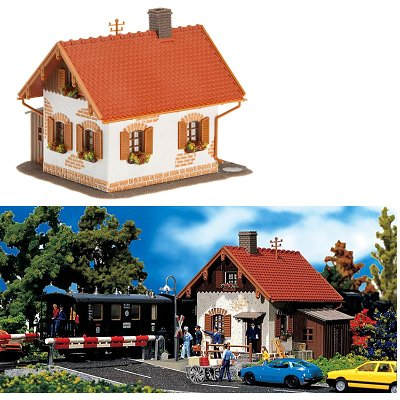 Modélisme ferroviaire HO : Maison de garde-barrière - Faller-120130