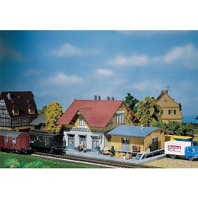 Modélisme ferroviaire HO : Petite gare de Blumenfeld - Faller-110097