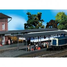 Modélisme ferroviaire HO : Deux quais de gare