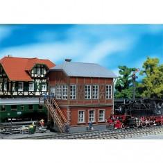 Modélisme ferroviaire HO : Poste d'aiguillage - construction en brique