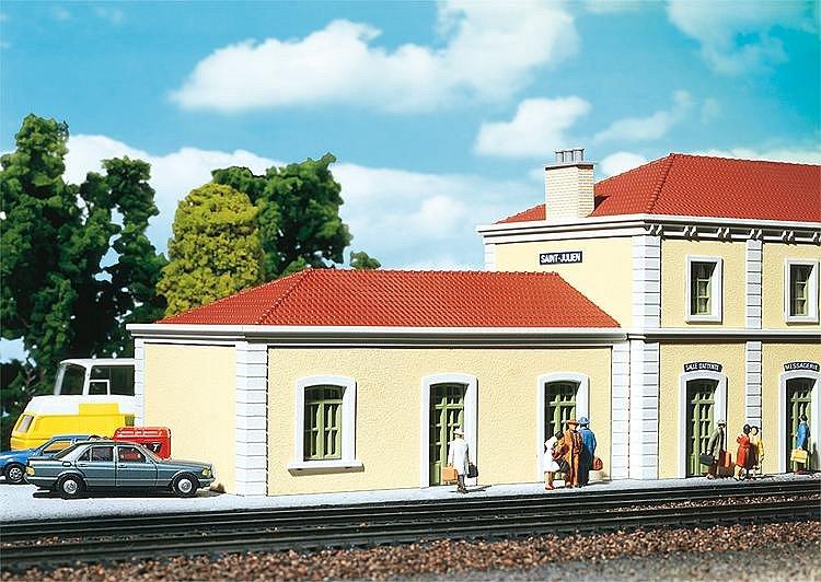 Modélisme ferroviaire HO : Aile de gare de Saint Julien - Faller-191102