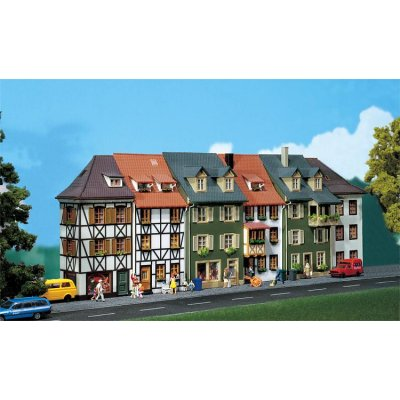 Modélisme HO : 6 maisons en relief - Faller-130430