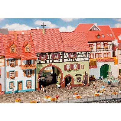 Modélisme HO : Maison de ville Niederes Tor - Faller-130499