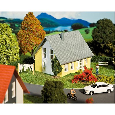 Modélisme HO : Maison individuelle jaune - Faller-130317