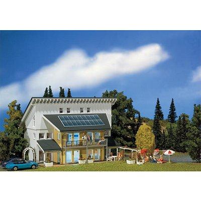 Modélisme HO : Maison solaire - Faller-130302