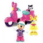 Minnie et son scooter