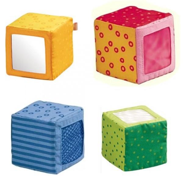 cubes d 39 veil en tissu jeux et jouets haba avenue des jeux. Black Bedroom Furniture Sets. Home Design Ideas