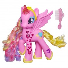 Figurine électronique Mon Petit Poney : Princesse Cadance Coeurs lumineux