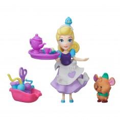 Mini poupée Disney Princesses : La séance couture de Cendrillon