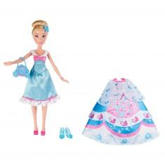 Poupée Disney Princesses : Cendrillon et ses tenues