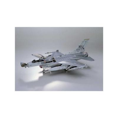 Maquette avion: F-16A Plus Tomcat - Hasegawa-08025
