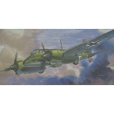 Maquette avion: Henschell  HS129B-1 w/7.9MM Gun Pack - Hasegawa-09422