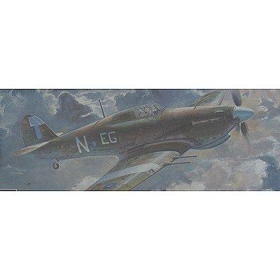 Maquette avion: Hurricane MK.IIC S.E.A.C. - Hasegawa-00648