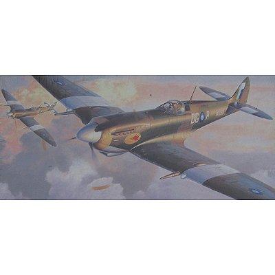 Maquette avion: Spitfire MK.VIII S.E.A.C. - Hasegawa-09485
