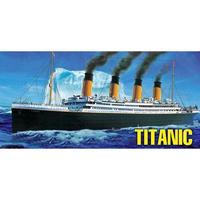 Maquette bateau: R.M.S. Titanic - Hobbyboss-81305
