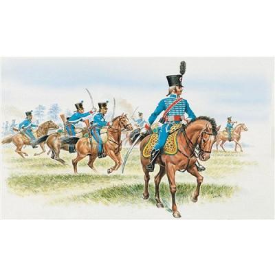 Figurines Guerres napoléoniennes: Hussards Français - Italeri-6008