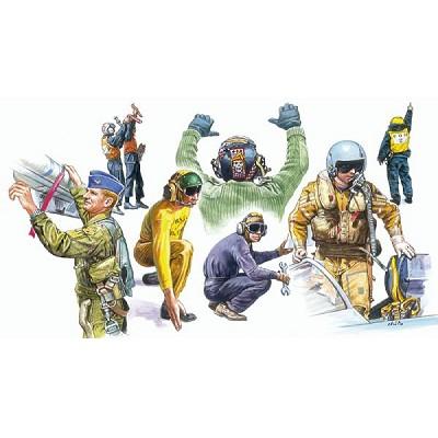 Figurines militaires: Pilotes et mécaniciens OTAN  - Italeri-1246