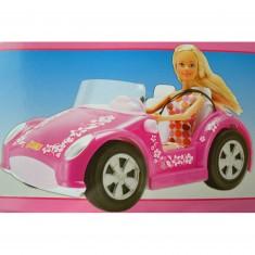 Poupée Jenny et sa voiture rose