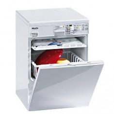 Lave-vaisselle électronique Mièle