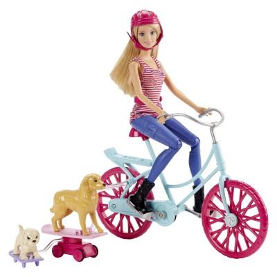 Mattel Poupée Barbie à vélo avec ses chiens