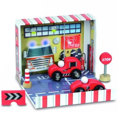Vilac Coffret de pompier : Voiture et camion de pompier