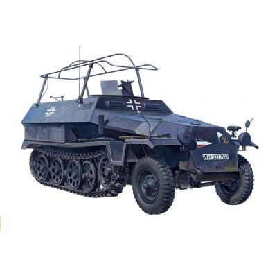 Afv Club maquette half-Track : véhicule radio allemand sd.Kfz 251/3 ausf.c