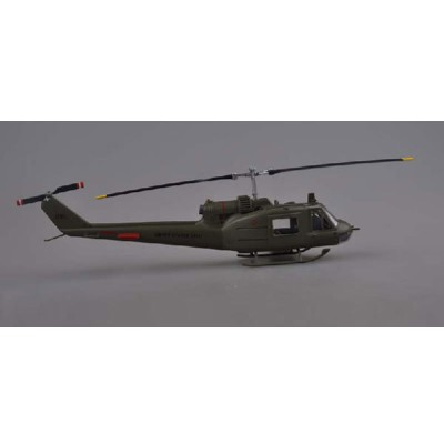 Easy Model maquette hélicoptère : bell uh-1c us army