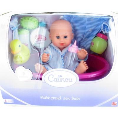 Calinou Bébé prend son bain