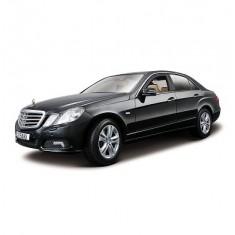 Modèle réduit - Mercedes Benz E Class 4 (2010) - Echelle 1/18 : Noire