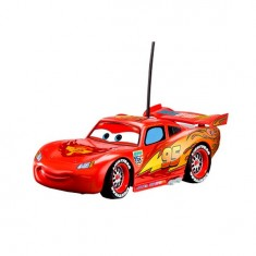 Voiture radiocommandée Cars 2 : Flash McQueen -Turbo : 1/24