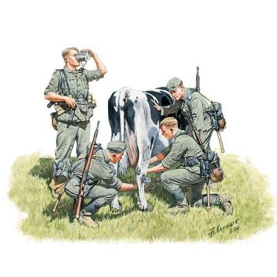 Figurines 2ème Guerre Mondiale : Collecte de lait: Front Ouest 1940 - Masterbox-MB3565