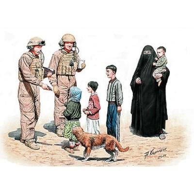 Figurines : Des Snickers ! Prenez-les, c'est pour vous : Irak, 2010 - Masterbox-MB35159