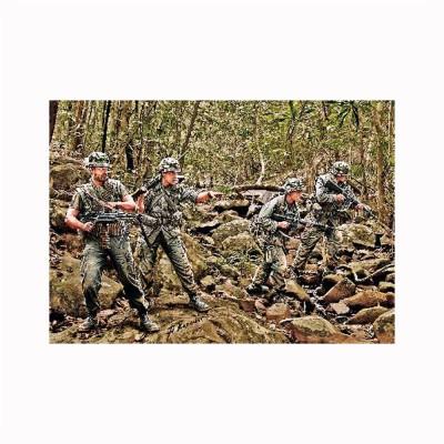 Figurines militaires : Patrouille dans la jungle US Army Infantry Vietnam 1968 - Masterbox-MB3595