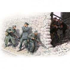 Figurines 2ème Guerre Mondiale : Rencontre fortuite: Gebirgsjäger allemands et marins soviétiques :