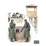 Maquette Tour de vigie allemande 1942 avec figurines