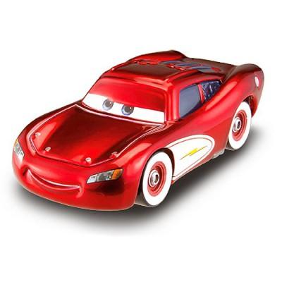 voiture cars flash mcqueen sport jeux et jouets mattel avenue des jeux. Black Bedroom Furniture Sets. Home Design Ideas