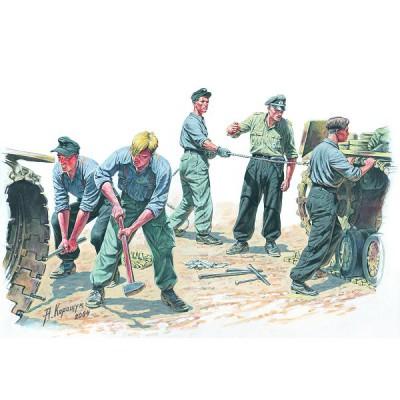Figurines 2ème Guerre Mondiale : Equipe de mécaniciens allemands 1943 - MiniArt-35011